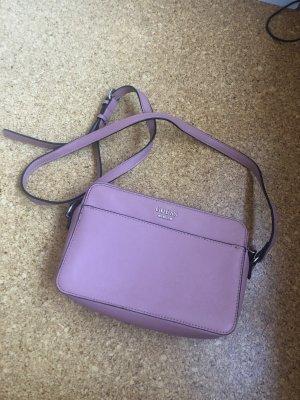 Kleine Umhängetasche / Handtasche von Guess in rosé