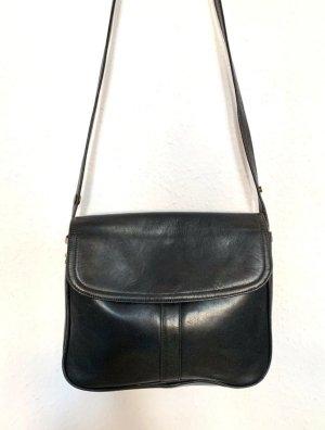 Kleine Vintagetasche/ Umhaengetasche in schwarz