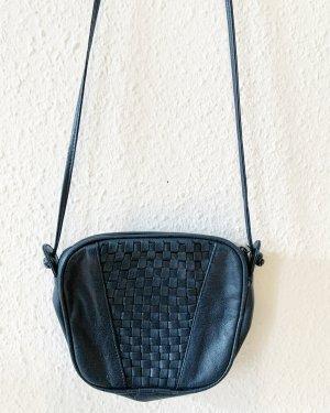 Kleine Vintagetasche/ Umhaengetasche mit Verflechtung  vorn