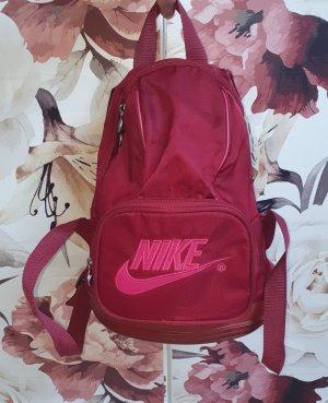Kleiner Nike Rucksack