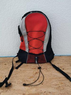 Kleiner Rucksack rot/ schwarz neuwertig Gepolstert
