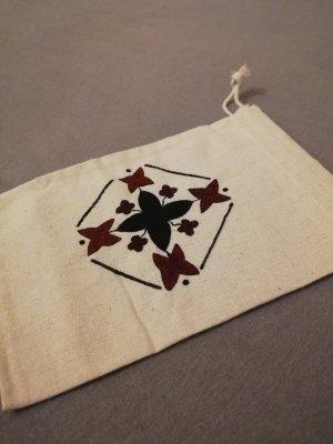 Kleines Baumwollsäckchen bemalt Muster