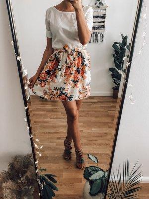 kleines leichtes Kleidchen ideal für den Sommer
