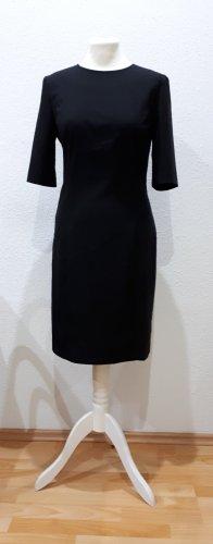 Kleines schwarzes Benetton Kleid, puristisch und elegant, Größe 34
