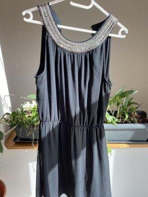 Kleines Schwarzes Kleid