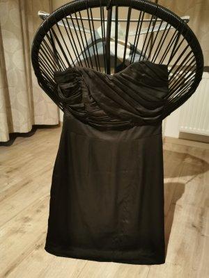 kleines Schwarzes - Kleid Trägerlos