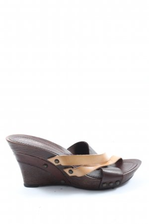 KMB Sandalias con plataforma marrón-crema look casual