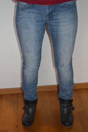 Knackige Jeans in Gr. W29 L34
