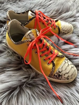 Knallgelbe Sneaker Gr. 38