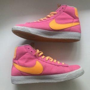 Knallige Nike Blazer Mid Vintage (GS)