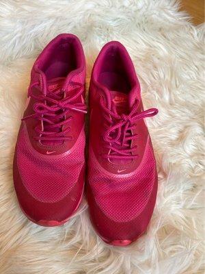 Knallige Nike Sneaker