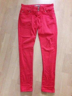Pantalón de tubo rojo