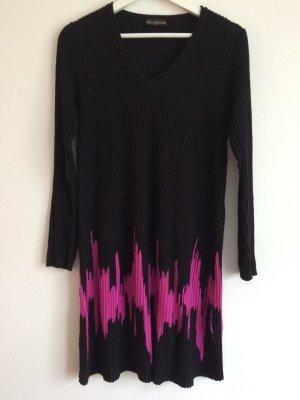 Bella Donna Abito di maglia nero-rosso lampone Tessuto misto