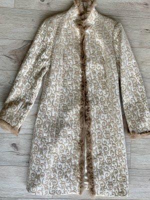 Zara Manteau de fourrure blanc cassé-crème