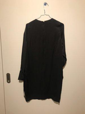Knielanges Kleid aus Seide vom H&M