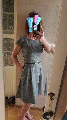 knielanges Kleid, kurzarm, Businesslook