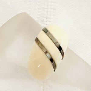 Statement Ring oatmeal-gold-colored