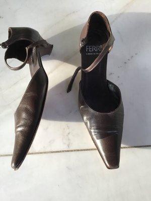 Ferri Italia Strapped pumps black brown leather