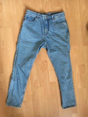 Knöchelfreie High-Waist Jeans