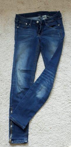 Knöchelfreie Skinny-Jeans