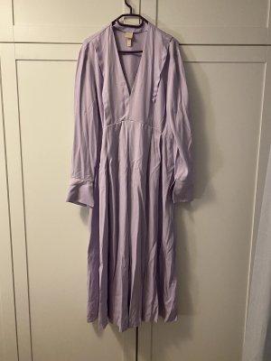Knöchellanges Kleid in Lila