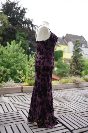 Körperbetontes Abendkleid