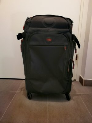 Stratic Suitcase black-salmon