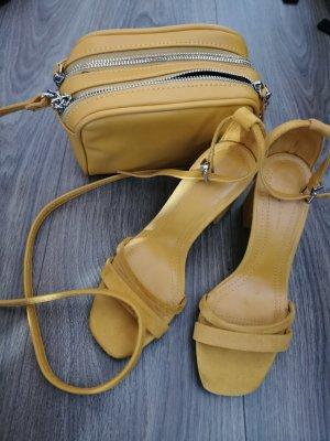 Bershka Sandales à talon haut orange doré