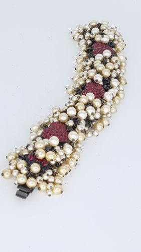 Konplott Hearts in White Caviar  Armband