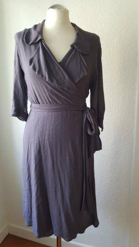 K BY KOOKAI Kopertowa sukienka szaro-fioletowy