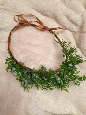Copricapo marrone-verde bosco
