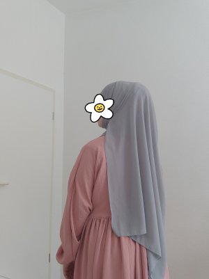 Modanisa Hijab argenté-gris clair