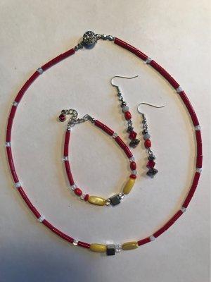 Korallen & Mondstein Collier ,  mit Strassverschluss + Armband  + Ohrringe
