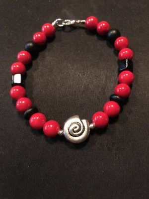 Handarbeit Pearl Bracelet black-red
