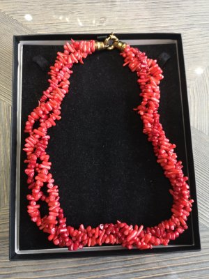 Statement Necklace gold-colored-brick red