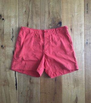 Korallenrote Shorts