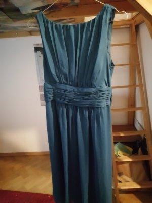kornblumenblaues Kleid