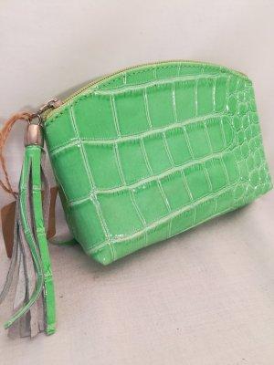 Kosmetiktasche in grünem Krokostyle