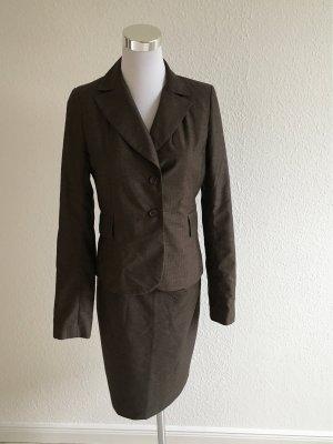 Kostüm 3teilig tailliert aus Jacke Rock und Hose