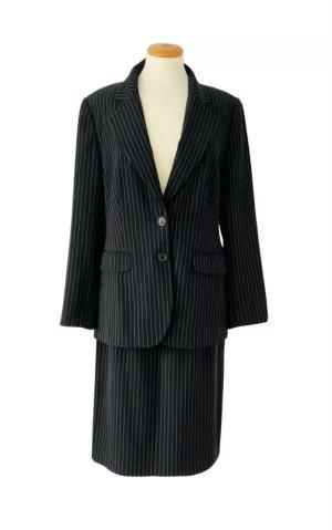 Kostüm, Nadelstreifen, schwarz, 2-teilig, Gr. 38, neu