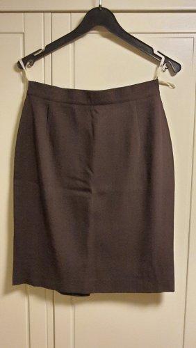 Ladies' Suit brown