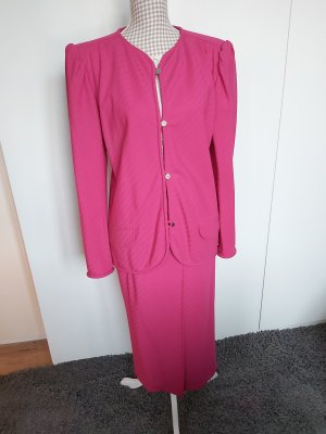 Kostüm von Emanuel Ungaro in pink Größe 40