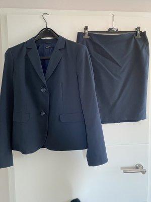 Sisley Tailleur noir-bleu foncé