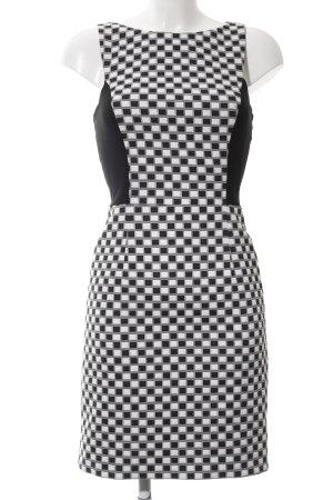 Koton Etuikleid weiß-schwarz grafisches Muster Casual-Look