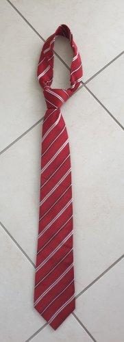 Corbata rojo oscuro
