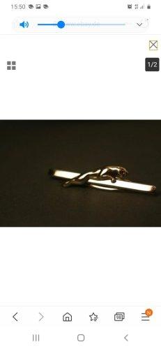 Jaguar Medallón color plata
