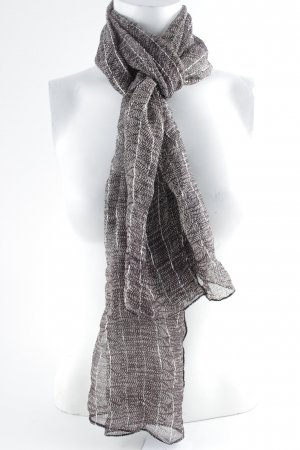 Crinkle Scarf graphic pattern casual look