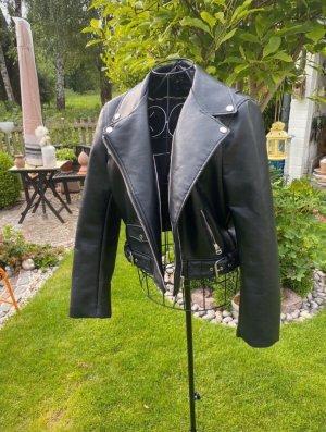 (Kunst-)Lederjacke Bikerjacke schwarz mit silbernen Reißverschlüssen