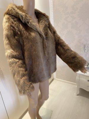 Zara Chaqueta de piel sintética crema-marrón claro