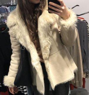 Kunstfelljacke -  Zara